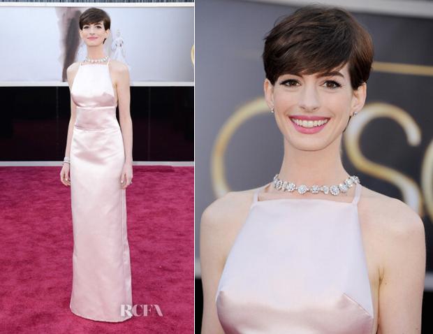 Com esta imagem do site Red Carpet, apresento, na minha opinião a vencedora de estilo da noite, Anne Hataway de Prada!!
